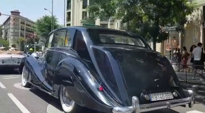 tour madrid luxury tour madrid events cars alquiler boda 3 1 - Nuestros coches