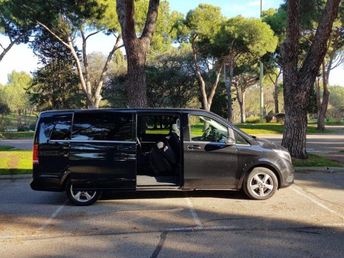 alquiler vehículo 7 plazas mini van mercedes tour madrid transfer aeropuerto 16 1024x768 - ✔️✔️Alquiler MiniVán en Madrid 2020