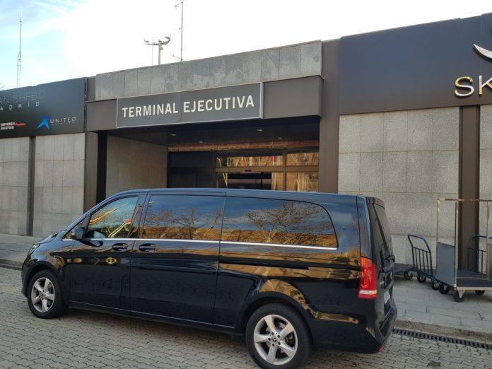 alquiler vehículo 7 plazas mini van mercedes tour madrid transfer aeropuerto 25 1024x768 - ✔️✔️Alquiler MiniVán en Madrid 2020