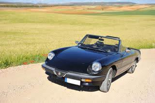 Alfa Romeo Golf alquiler coches de escena vehiculos de escenacoches para alquilar coches clasicos film car cesion de coches 1 - Alquiler coches clásicos para rodajes y eventos.