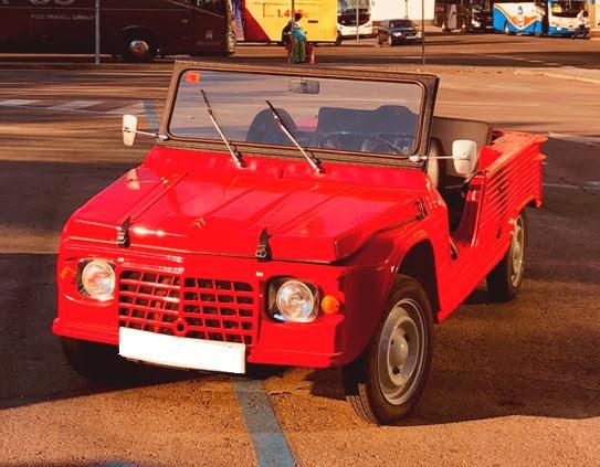 CItroen Mehari Golf alquiler coches de escena vehiculos de escenacoches para alquilar coches clasicos film car cesion de coches 1 - Alquiler coches clásicos para rodajes y eventos.