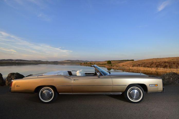 Cadillac eldorado convertible 1975 Coches alquiler coches de escena vehiculos de escenacoches para alquilar c - Alquiler coches clásicos para rodajes y eventos.