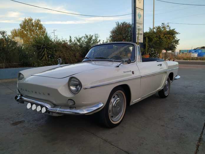 Caravelle Blanco Coches alquiler coches de escena vehiculos de escenacoches para alquilar coches clasicos film car cesion de - Alquiler coches clásicos para rodajes y eventos.