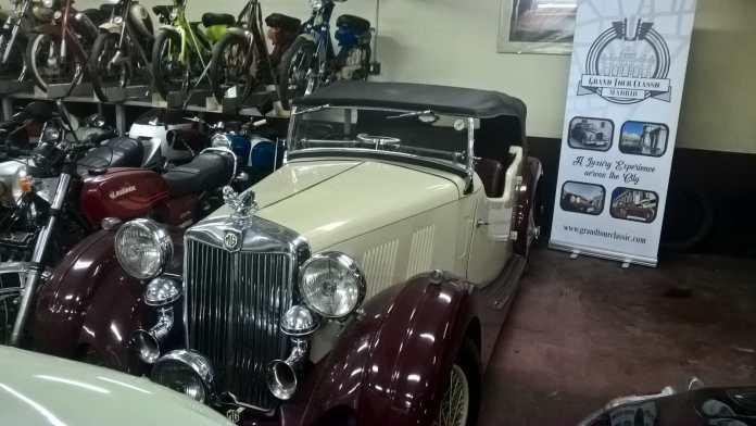 MG alquiler coches de escena vehiculos de escenacoches para alquilar coches clasicos film car cesion de coches 1 - Alquiler coches clásicos para rodajes y eventos.
