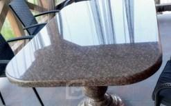 stoleshnitsa-iz-granita