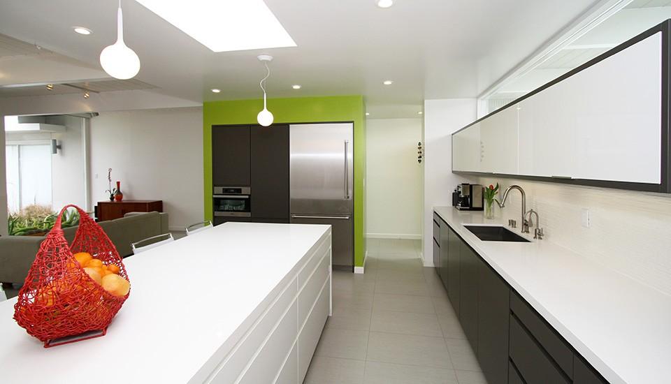 Pure White Caesarstone Kitchen in Atlanta