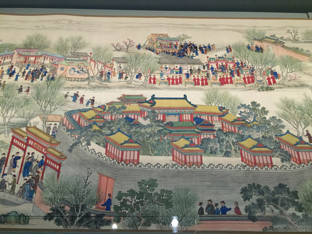 Section of a 40-meter scroll painting depicting the 60th birthday procession of the Kangxi Emperor. Now on display at the Meridian Gate.