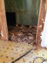 Rivning av toalett nere.