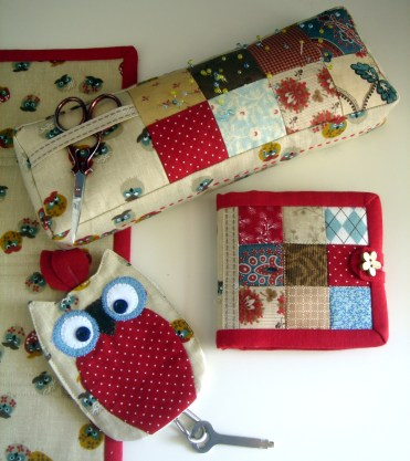Sewing accessories set