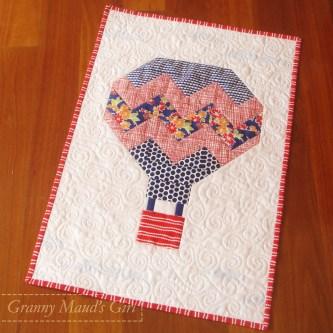 Balloon quilt from Snapshots quilt-along