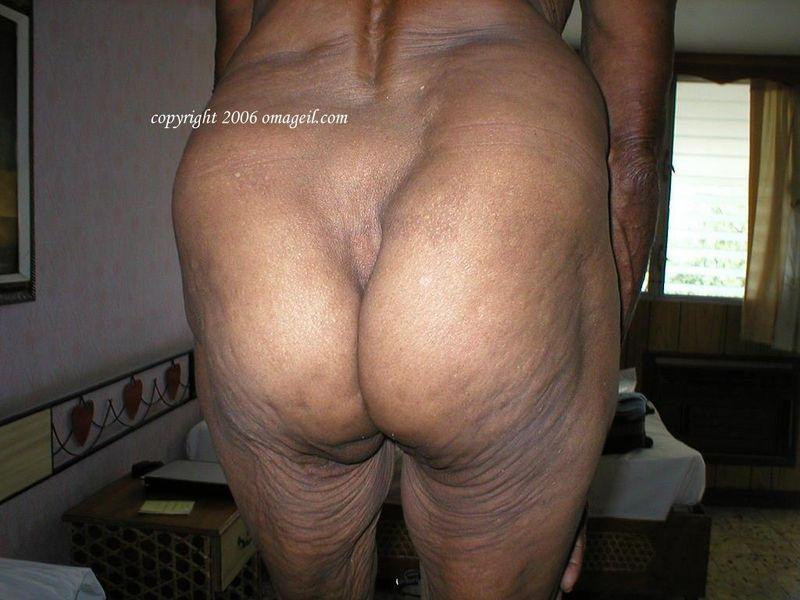 Black girls big white dicks