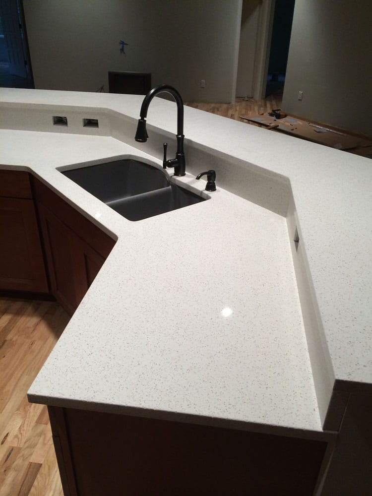 Finding a custom stone countertop fabricator in the South Seattle area just got easier. For high-quality products and services, contact Grantash Quartz & Granite.