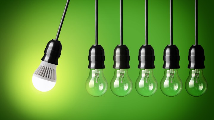 A light bulb to convey an idea