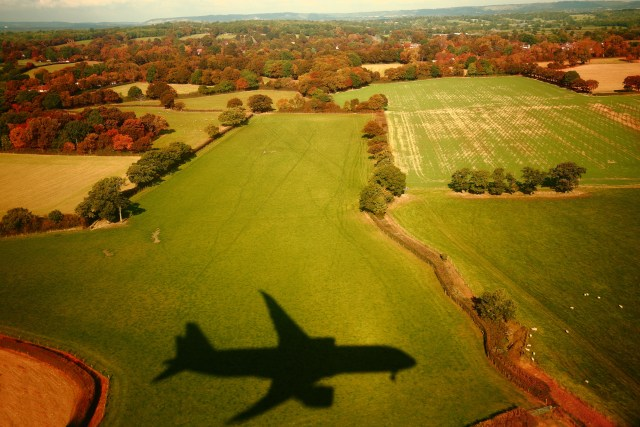 Landing shadow