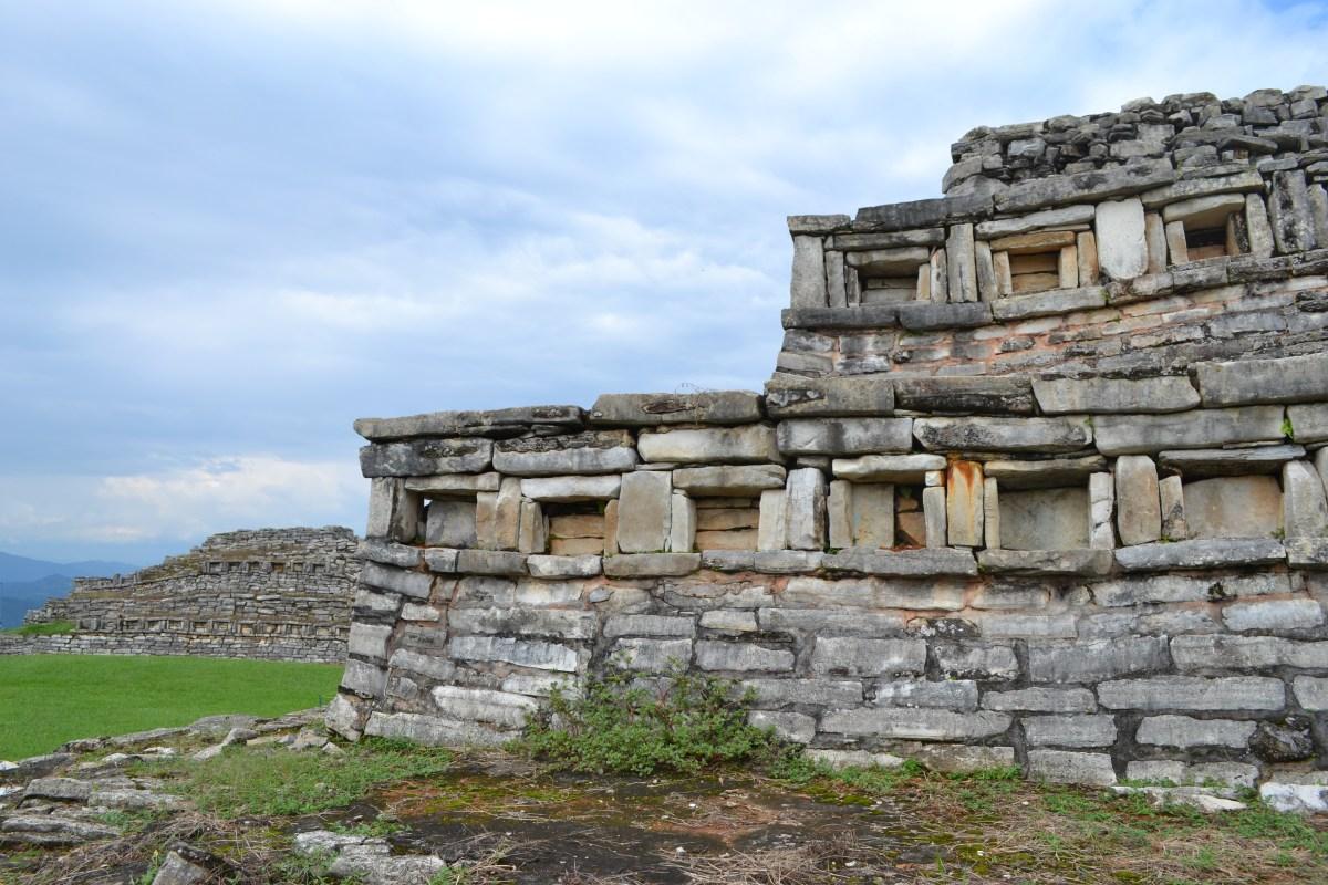 Centro ceremonial totonaca en Puebla,Yohualichan tienes que visitarlo.