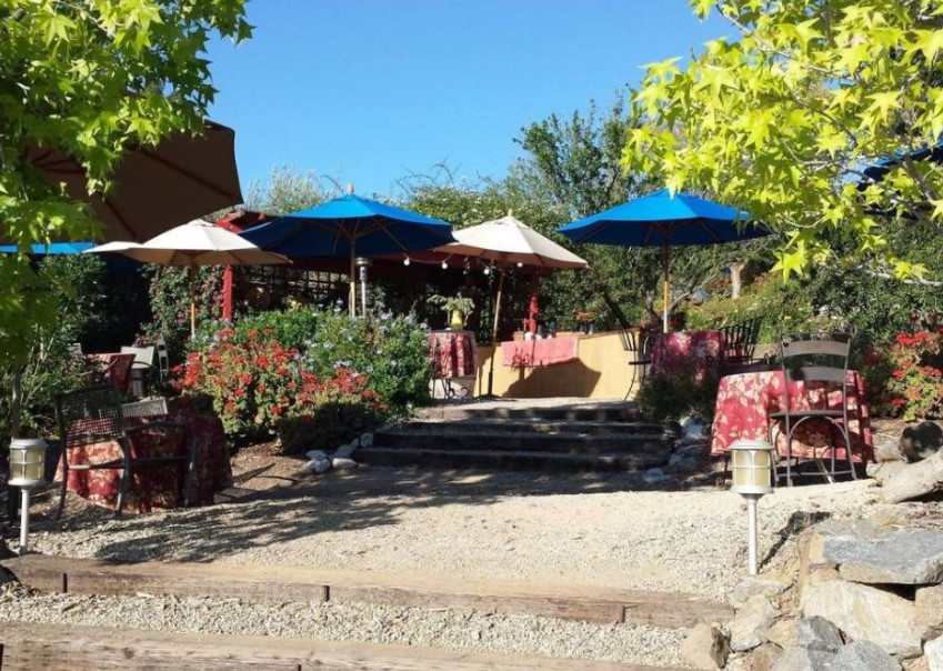 Vindemia Vineyard & Estate Winery