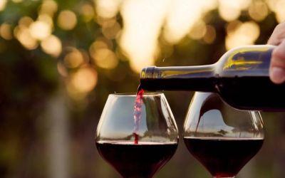 Santa Barbara County Wine Country – Wine Taste in Solvang, Los Olivos, Santa Barbara, Los Alamos, Santa Ynez & More
