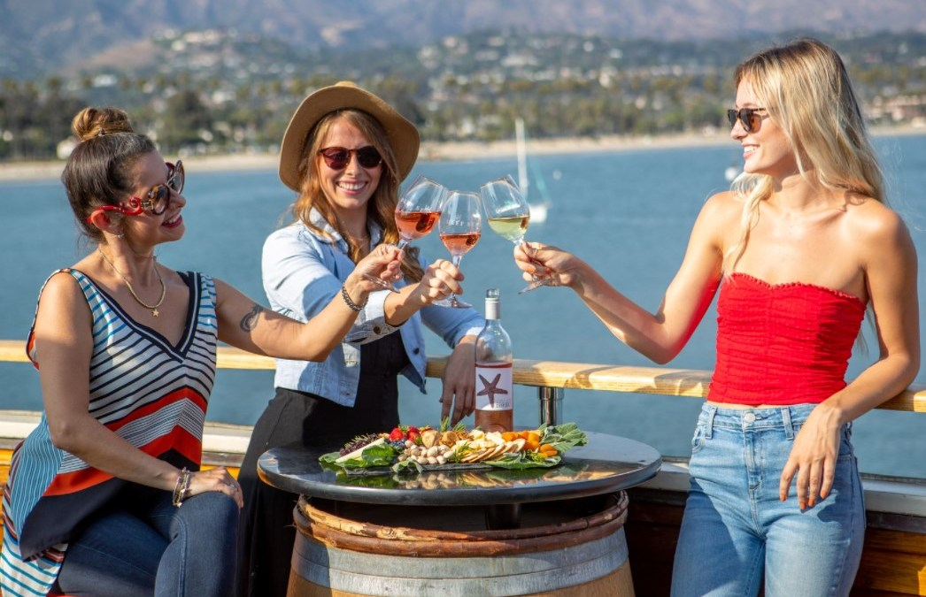 Deep Sea Tasting Room – Conway Family Wines