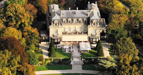 Champagne Tour - Les Crayeres Aerial view