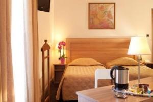 Hotel Continental Bedroom