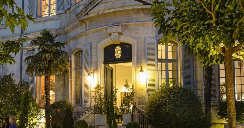 Chateau de Mazan facade terrasse credits Chateau de Mazan