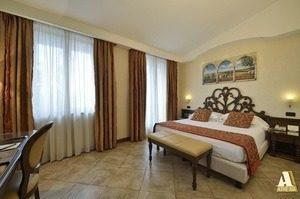 Hotel Athena Room