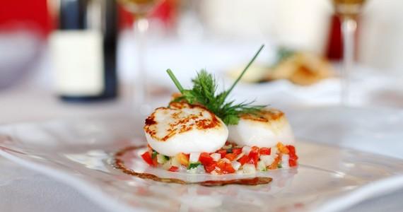 Wine tasting in France- Credits Stevens Fremont Restaurant La Maison