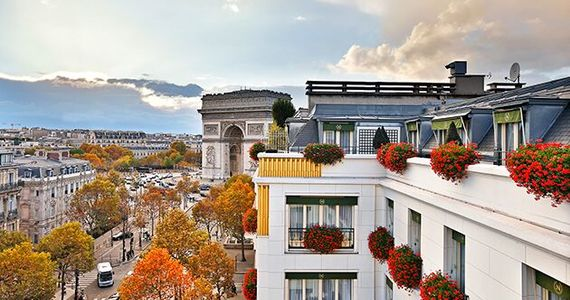 Exclusive Champagne day tour from Paris - vue-copyright-hotel-napoleon 8