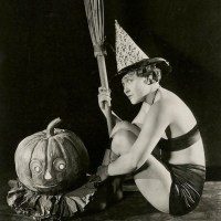 Marion Davies Hosts A Hollywood Costume Party