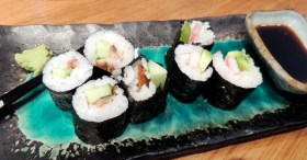 Sushi rolls with soy.
