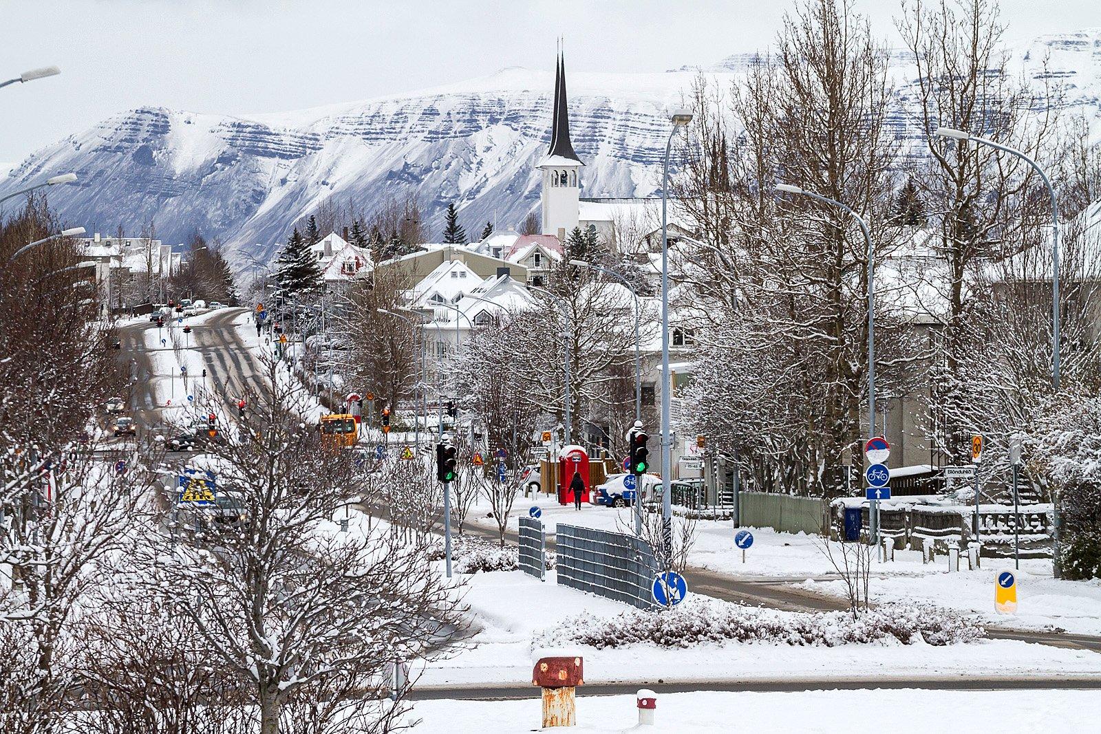 Reykjavík's First Snow – PHOTOS