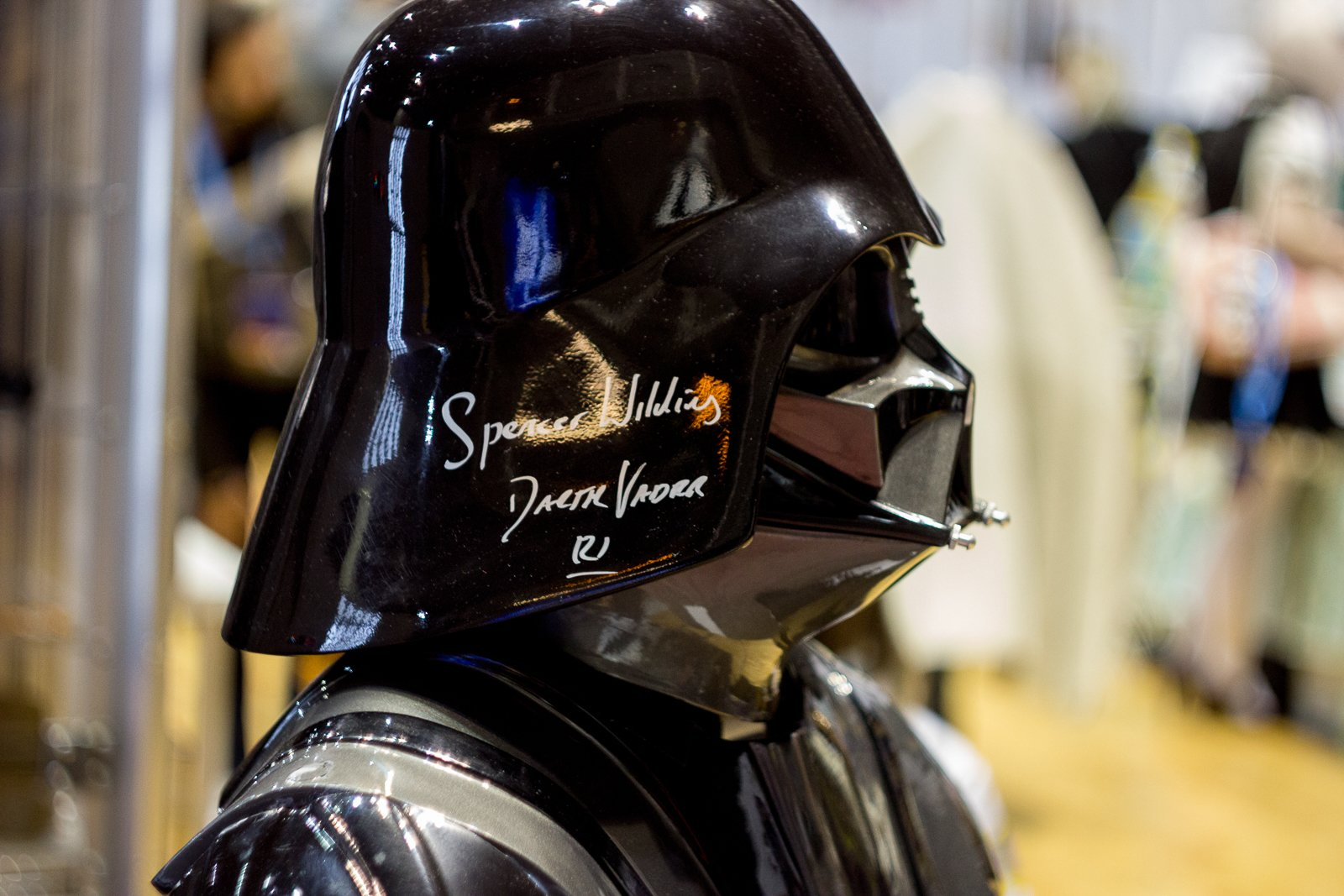 Selfies With Sith Lords: Iceland's Midgard Comic-Con Comes Online