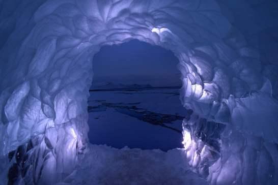 Ice tunnel simulation