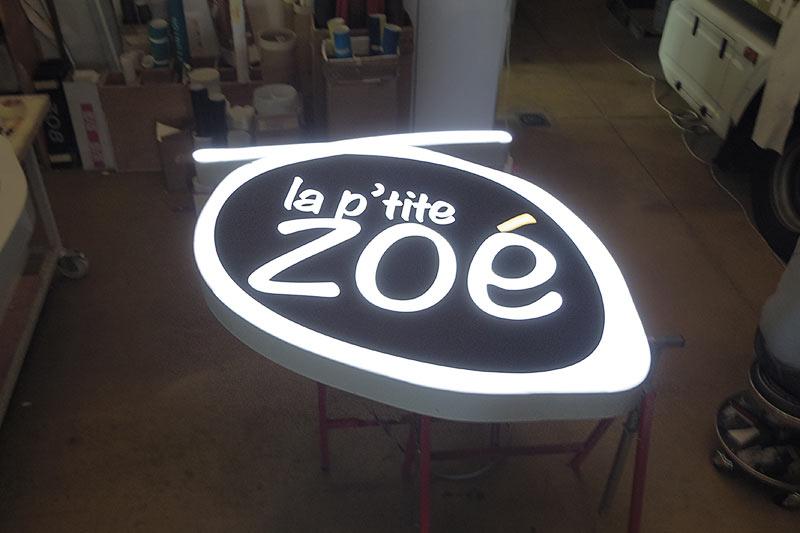 enseigne caisson luminueux fabrication nantes bouguenais