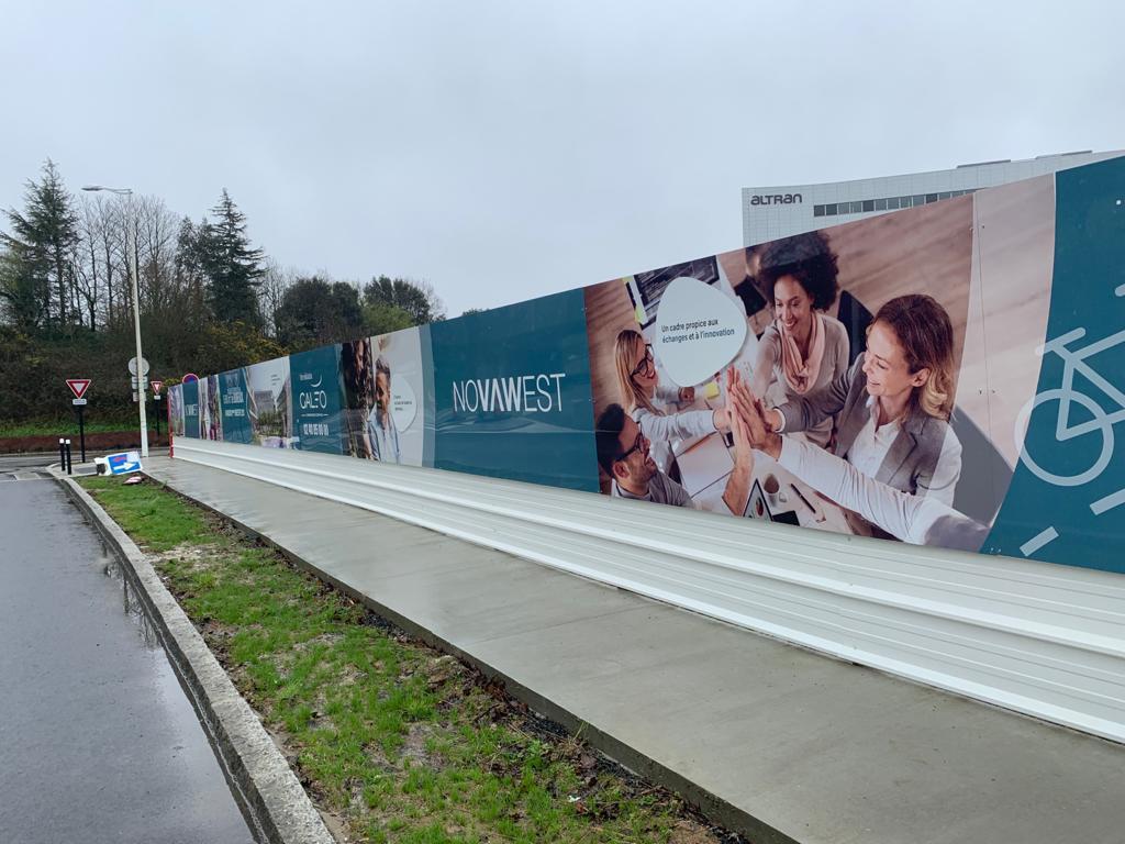 panneau de chantier signalétique réalisation fabrication pose nantes bouguenais immobilier