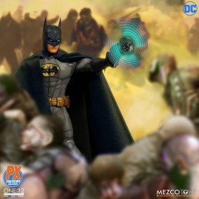 One12 Collective Batman Sovereign Knight PX Edition 13