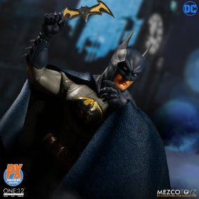 One12 Collective Batman Sovereign Knight PX Edition 8