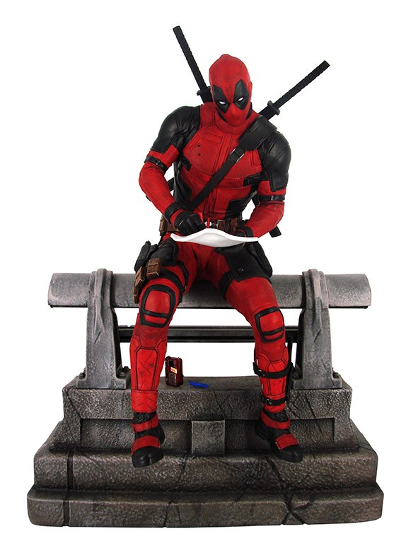 Marvel Movie Premier Collection Deadpool Statue