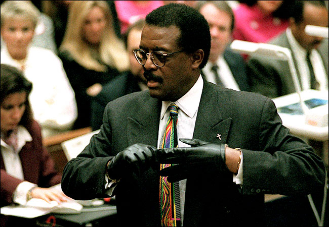 Johnnie Cochran Dies at 67