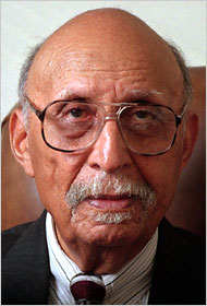 Oliver W. Hill in 1999, when he was 92; lawyer in Brown v. Board case