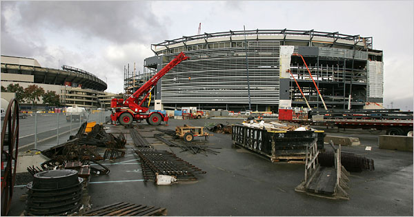 https://i2.wp.com/graphics8.nytimes.com/images/2008/10/31/sports/stadium600.jpg