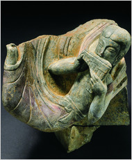 Museum of Qingzhou A flute player carved in limestone, from the beginning of the Eastern Wei Dynasty.