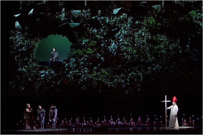 Attila (Abdrazakov), Uldino (Thomas), Foresto (Vargas), the Met Opera Chorus, and the Pope (Ramey) below the swamps of Venice.