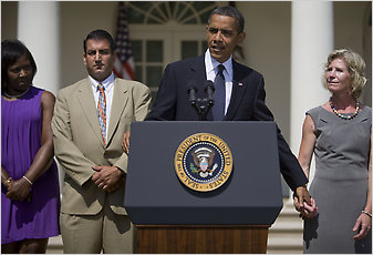 Standing with three Americans who have struggled to find work, President Obama spoke in the Rose Garden about the need to extend unemployment benefits.