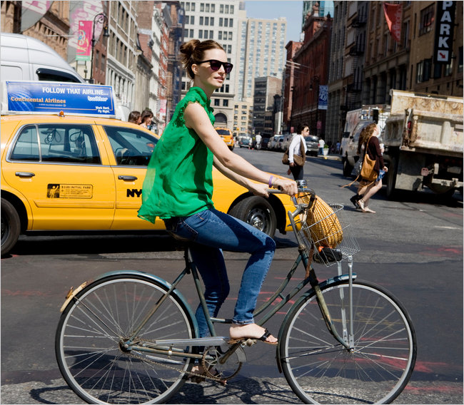 Bicycle Chic Gains Speed - New York Times