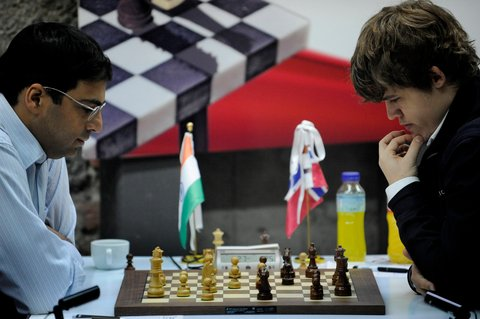 Anand and Carlsen during the Bilbao Final Masters