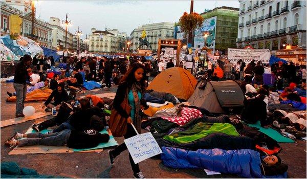 Hundratusental demonstrerade
