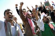 Yemeni President Agrees to Step Down