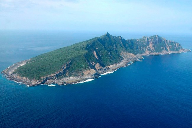 One of the Senkaku/Diaoyu islands (Source: NY Times).