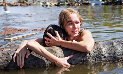 Naomi Watts as Maria Bennett in The Impossible